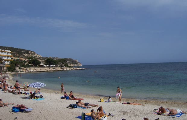 Calamosca Beach in Cagliari: 1 reviews and 4 photos