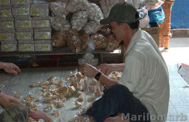 Fabricación de caramelos y palomitas en Vietnam