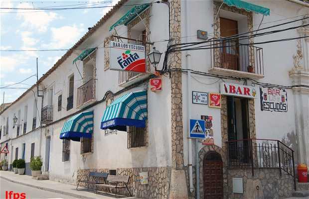 Bar Los Escudos