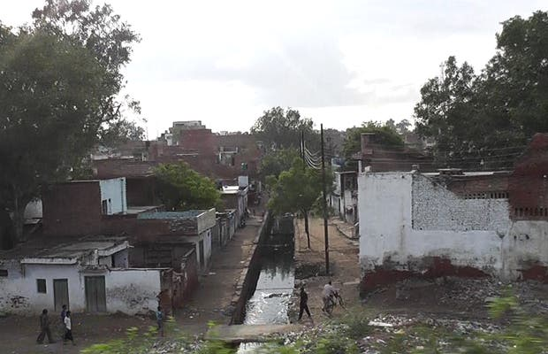 Tren Agra - Varanasi