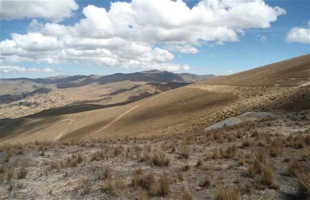 Ruta por el cerro Condorhuyane