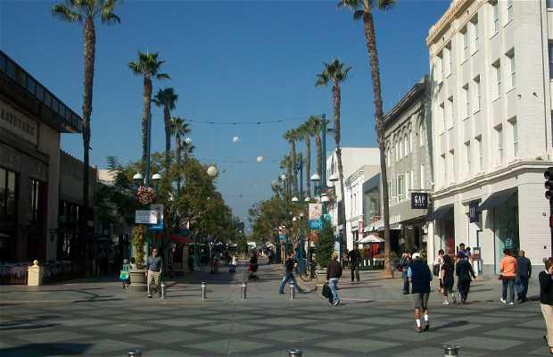 Rua Third Street Promenade