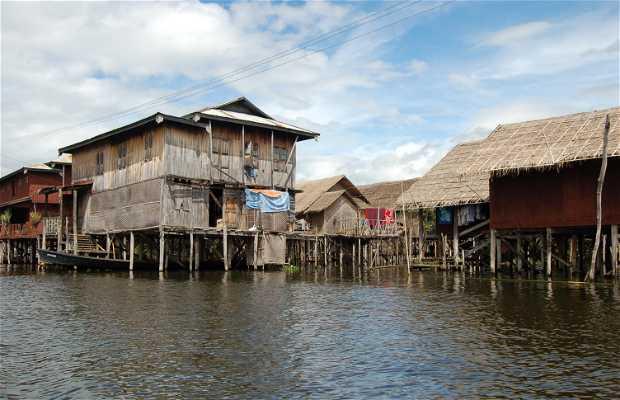 Casas flotantes Lago Inle