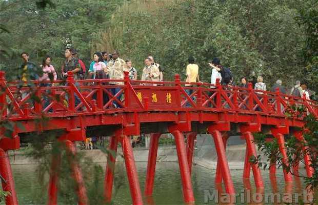 Tempio Den Ngoc Son di Hanoi