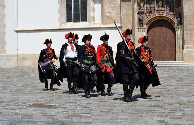Cambio de Guardia de los Royal Cravattes