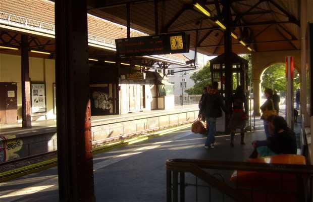 Schlesisches Tor U-Bahn Station
