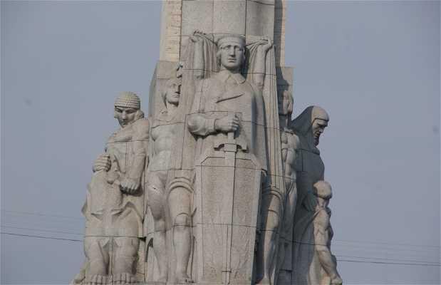 Monumento a la Libertad - Brivibas Piemineklis