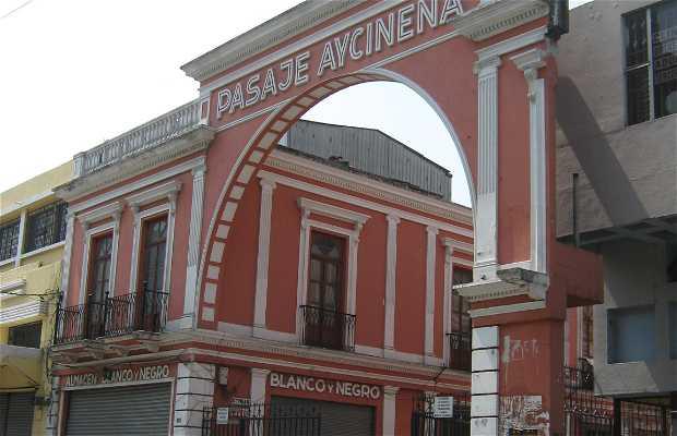 Le centro Porte - Passaggio Aycinena