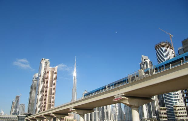 Sheikh Zayed Road (E 11)