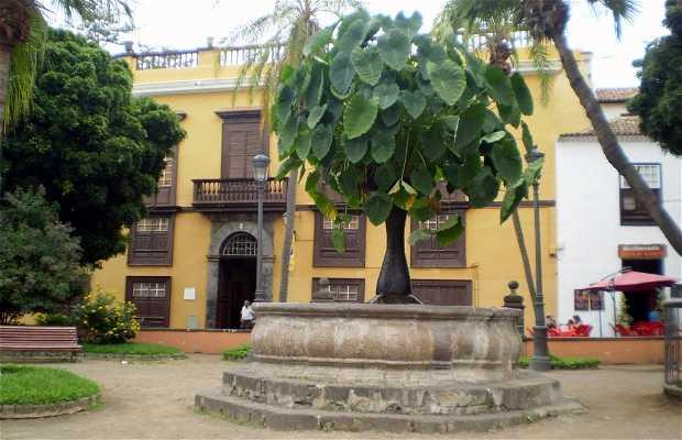 Piazza de la Pila a Icod de los Vinos
