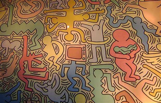 """Peintures murales """"Tuttomondo"""" de Keith Haring"""