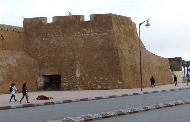Avenue de Suez