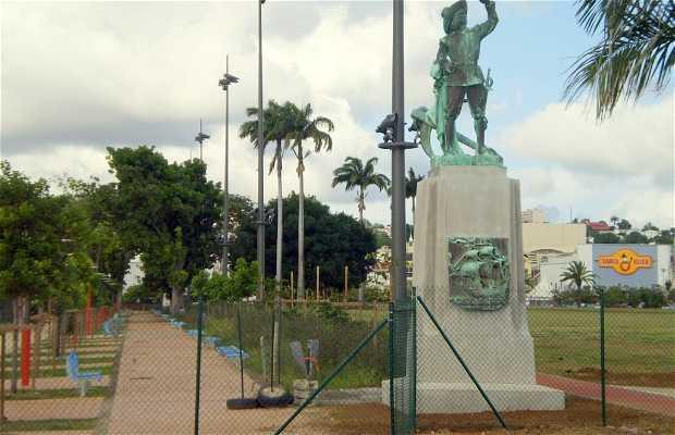 Monumento a Belain d'Esnambuc