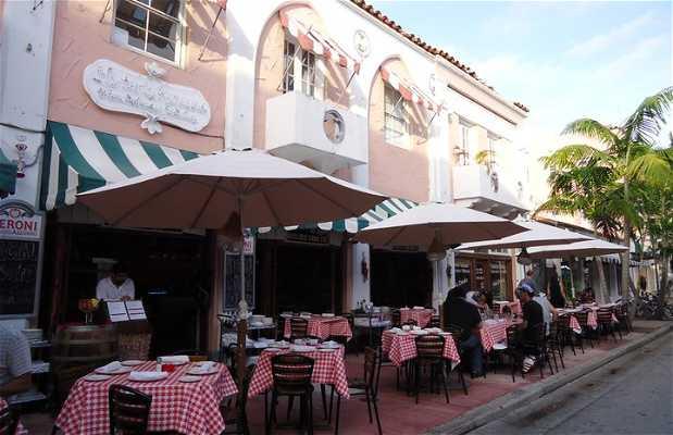 Espanola Way Village
