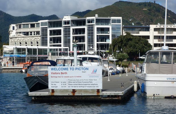 Ferry Wellington Picton