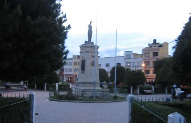 Estatua de la Virgen