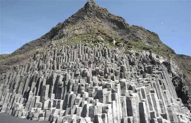 Gardar - Columnas de basalto de Reynisfjall