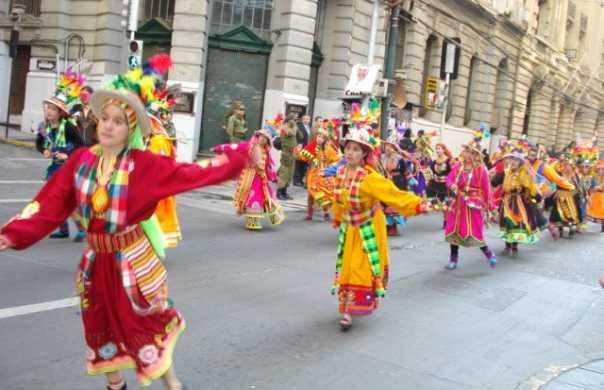Carnaval Mil tambores