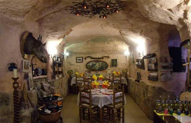 Mesón-Restaurante La Cueva