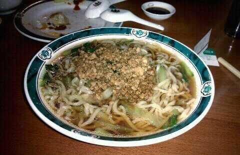 Qi XIn Mian Guan/Chenji (齊心面館)