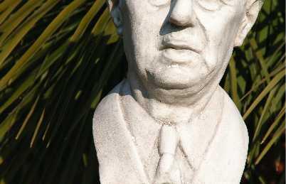 Statue Charles de Gaulle