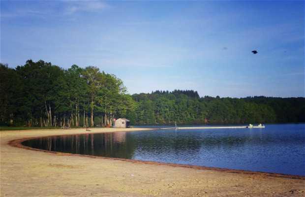 lago de Saint-Pardoux