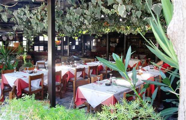 Mandra Taverna