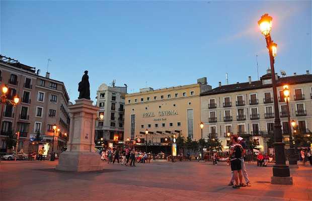 Isabel II Square
