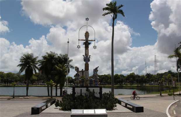 Monumento en el parque Solon de Lucena