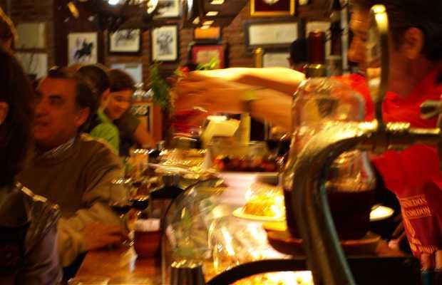 Bravas en el Mesón Burgos