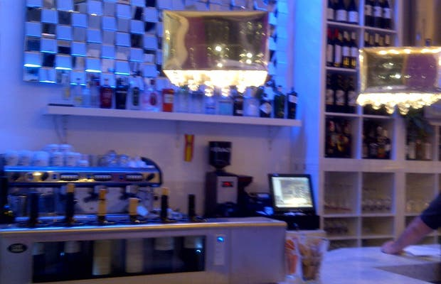 Cafe Bar Nena