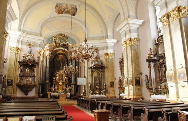 Templo de la Santísima Virgen de Sarlo