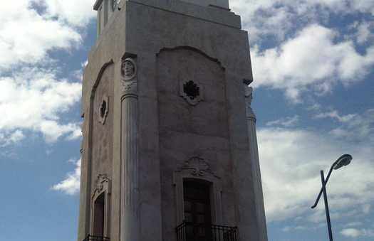 Monumento Reloj Publico