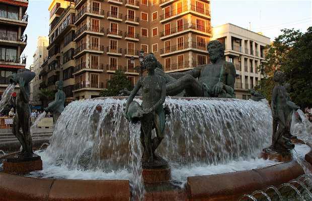 El Agua y la Acequia fountain
