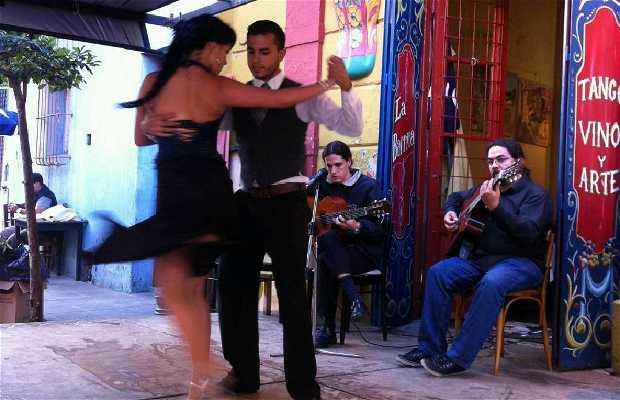 Tango en las calles de La Boca