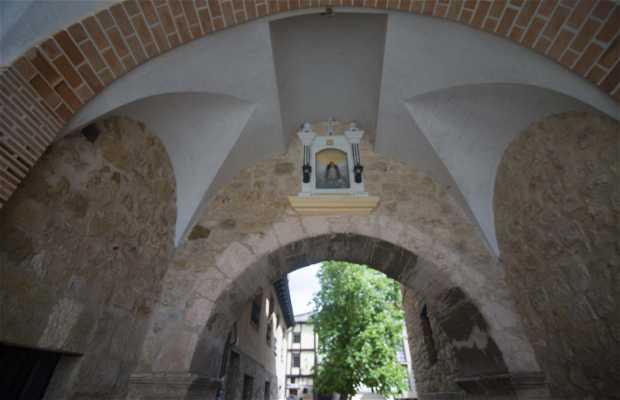Arco de la Concepción o Puerta del Conjuradero