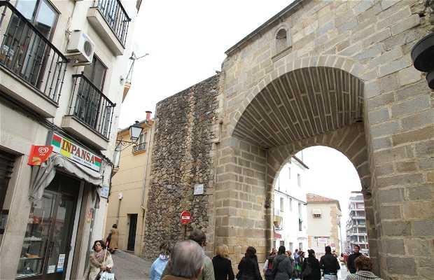 Calle Y Puerta Del Sol En Plasencia 2 Opiniones Y 4 Fotos
