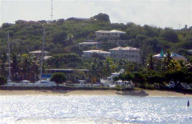 Saint Thomas Bay - Bay and Beach of St. Thomas