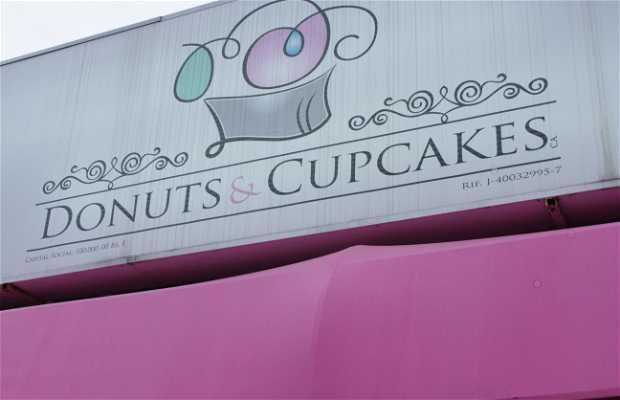 Donuts y Cupcakes
