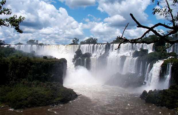 Circuito inferior de las Cataratas de Iguazú