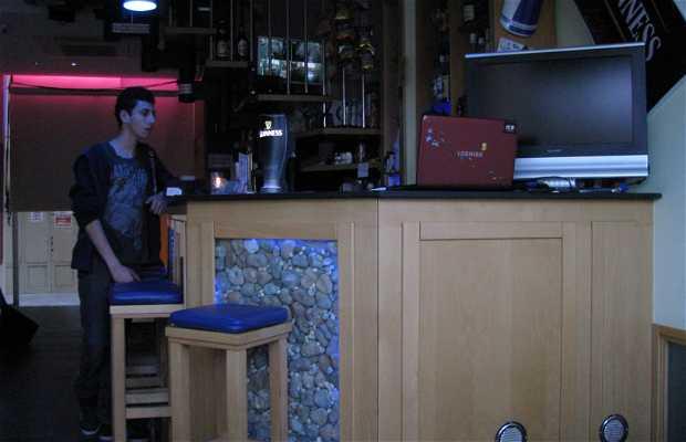Glassbox Bar
