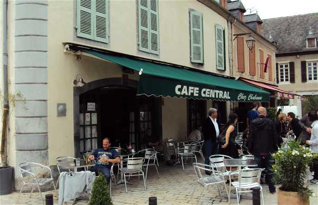 Café central chez Chabanne