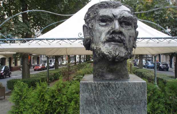 Busto de Cortázar