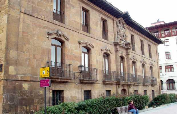 Palacio de Valdecarzana-Heredia