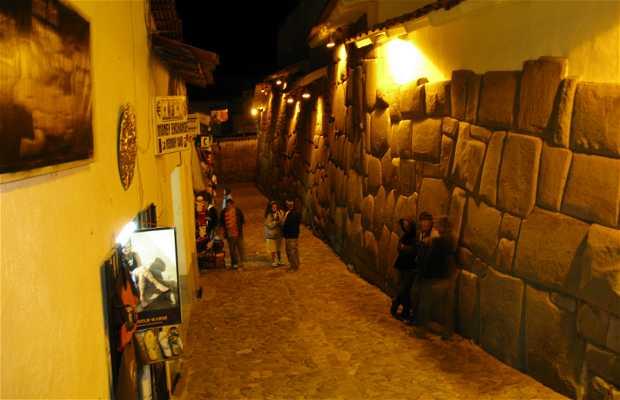 Pietra dai dodici angoli a Cuzco