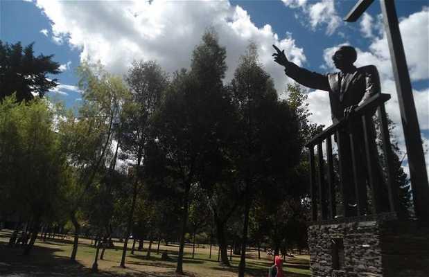 Estatua de José Marie Velasco Ibarra
