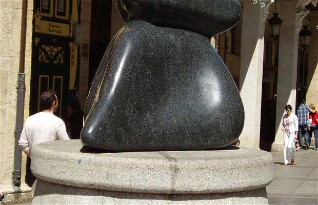 """Escultura a la Mujer (""""La Gorda"""")"""