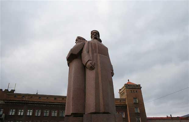 Latvian Riflemen Monument