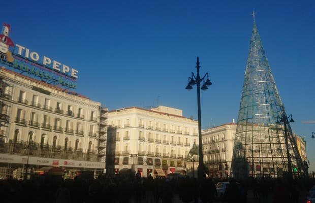 Puerta Del Sol In Madrid 582 Reviews And 610 Photos