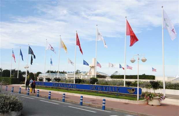 El palacio de congresos de Deauville